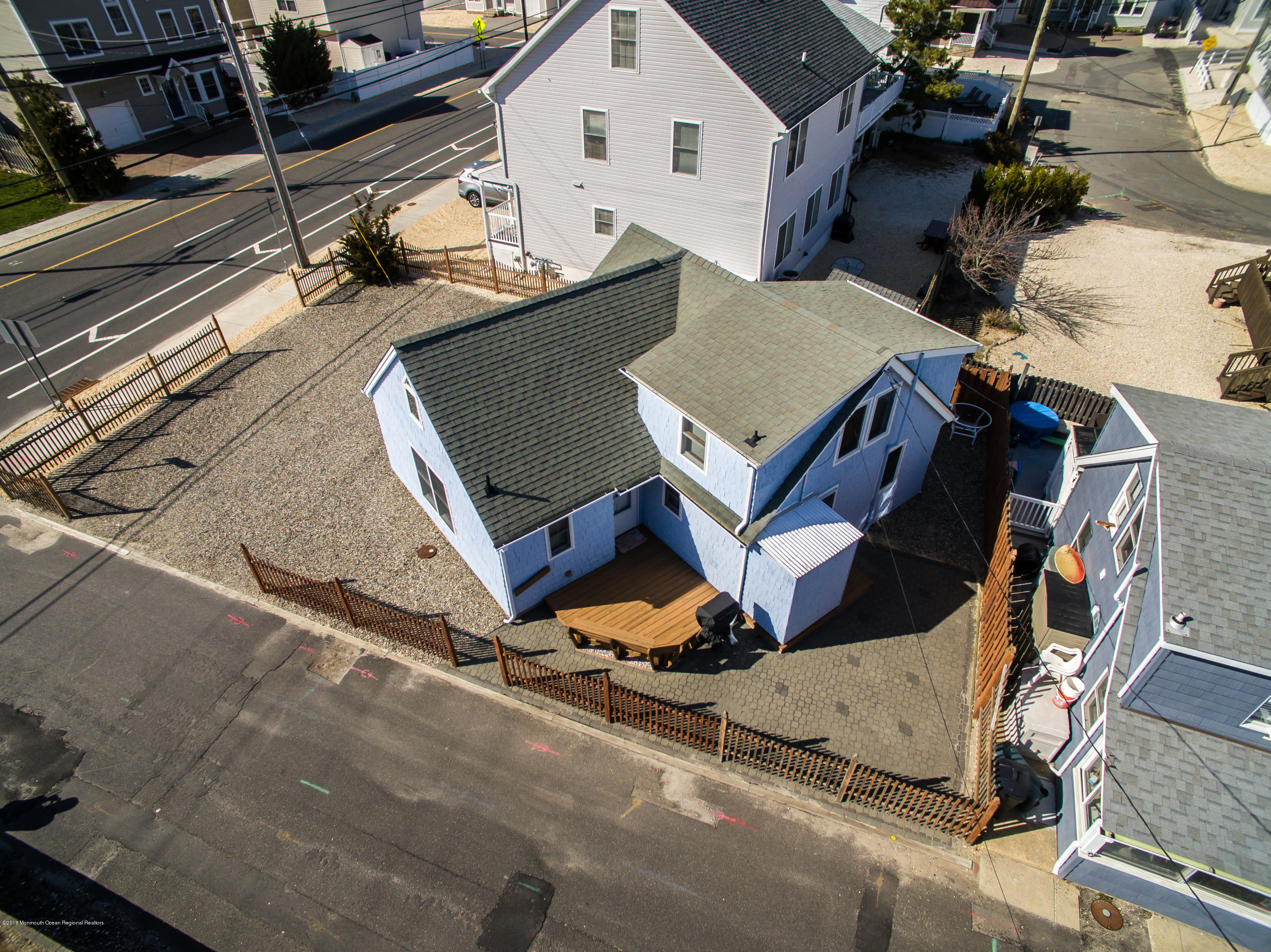 74  Barnegat Way - Picture 1