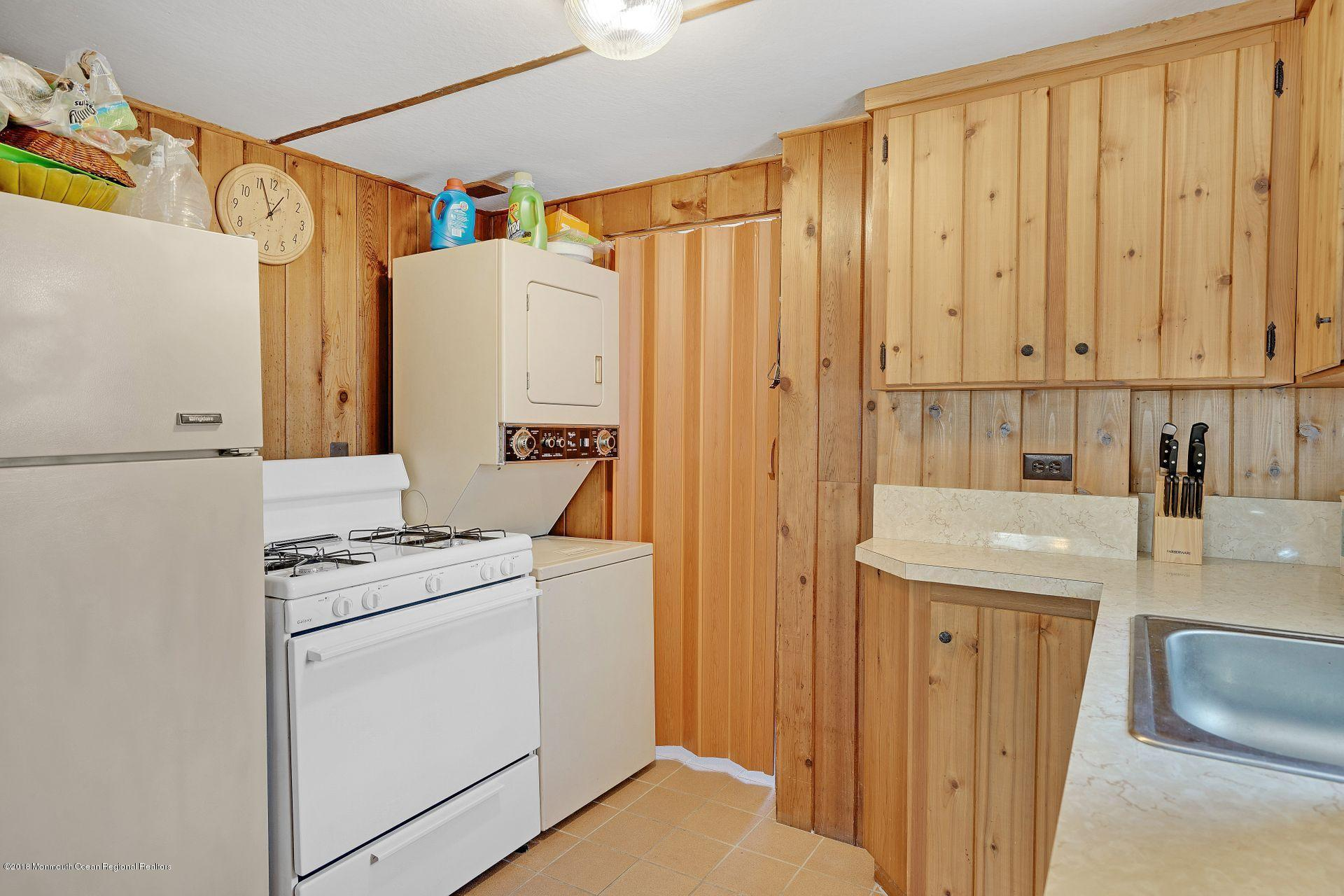 74  Barnegat Way - Picture 8