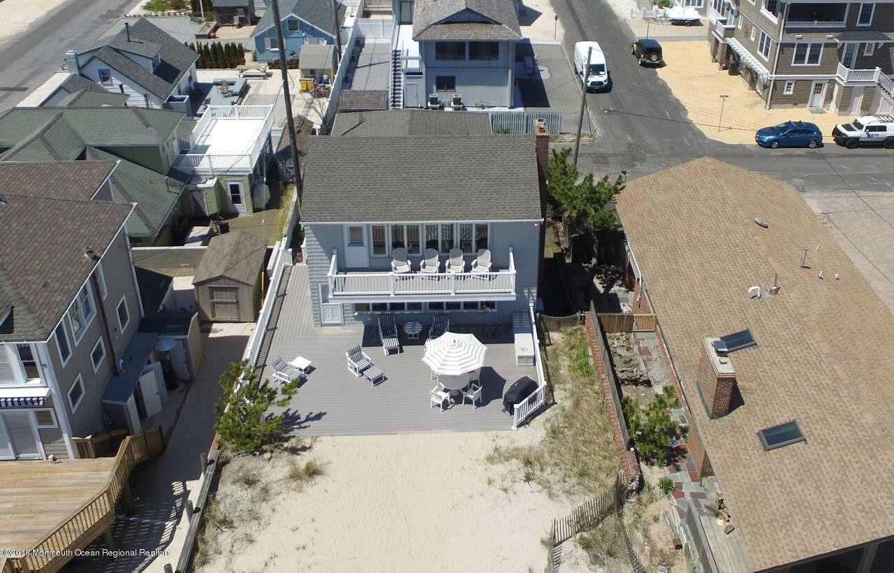 Photo of 3566 Ocean Terrace, Lavallette, NJ 08735