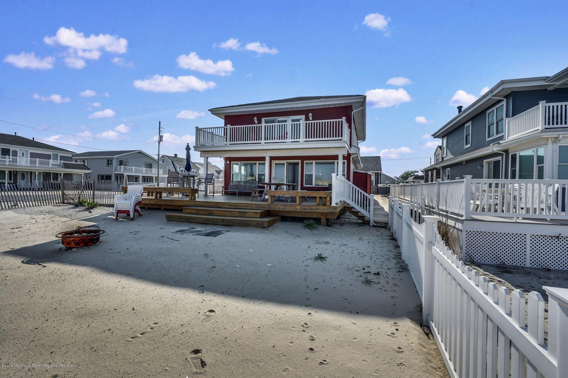1306  Ocean Avenue - Picture 11