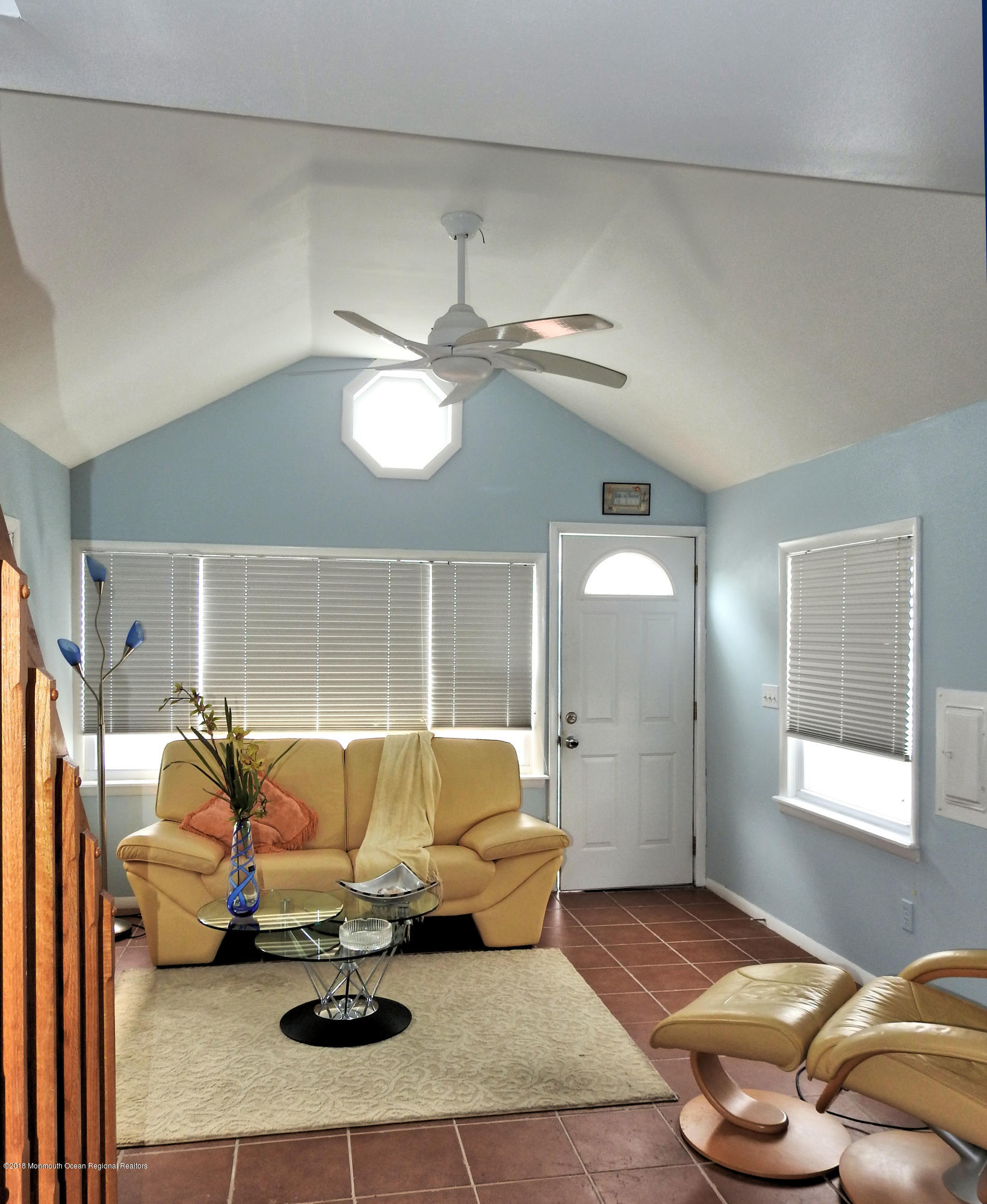 49 E Rutherford Lane - Picture 4