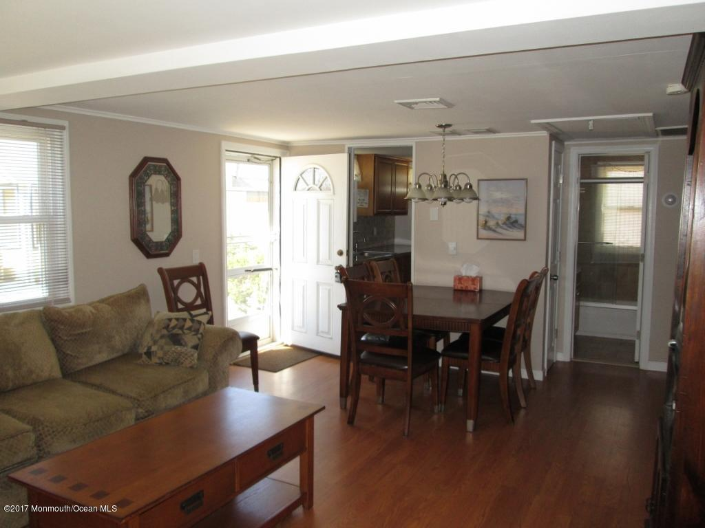 150 W Beach Way - Picture 6