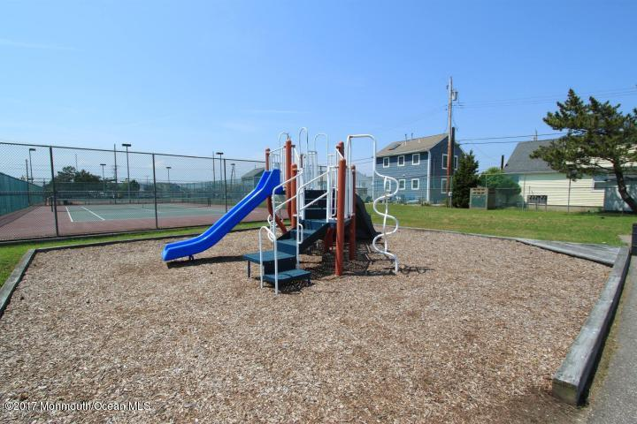150 W Beach Way - Picture 17