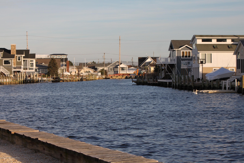 3212  Marine Road - Picture 3