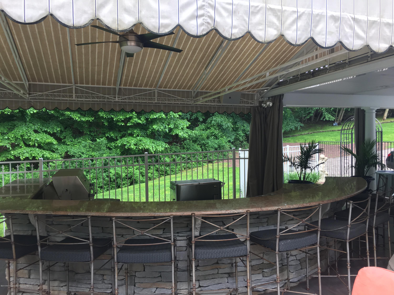 Outdoor Stone Bar