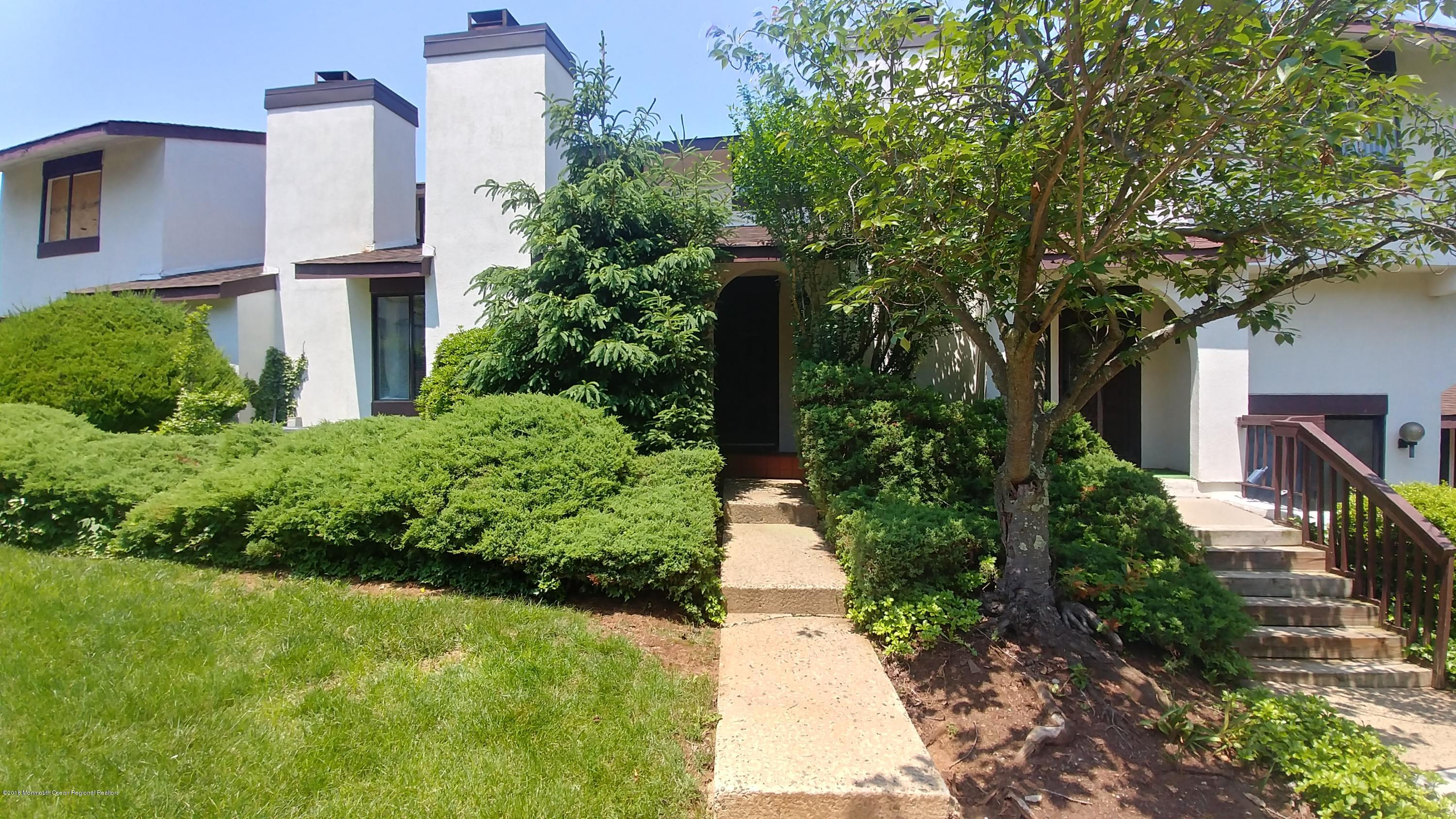 Photo of 127 Tower Hill Drive, Red Bank, NJ 07701