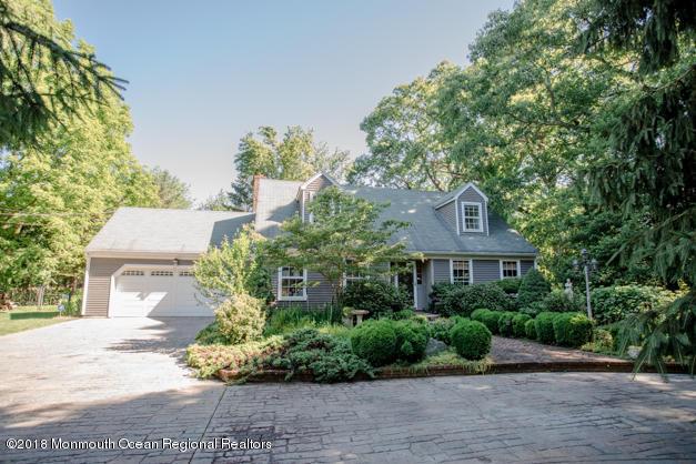 2461 Allenwood Lakewood Road Allenwood, NJ - $575,000