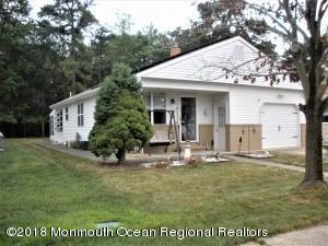 Property for sale at 253 Costa Mesa Drive, Toms River,  New Jersey 08757