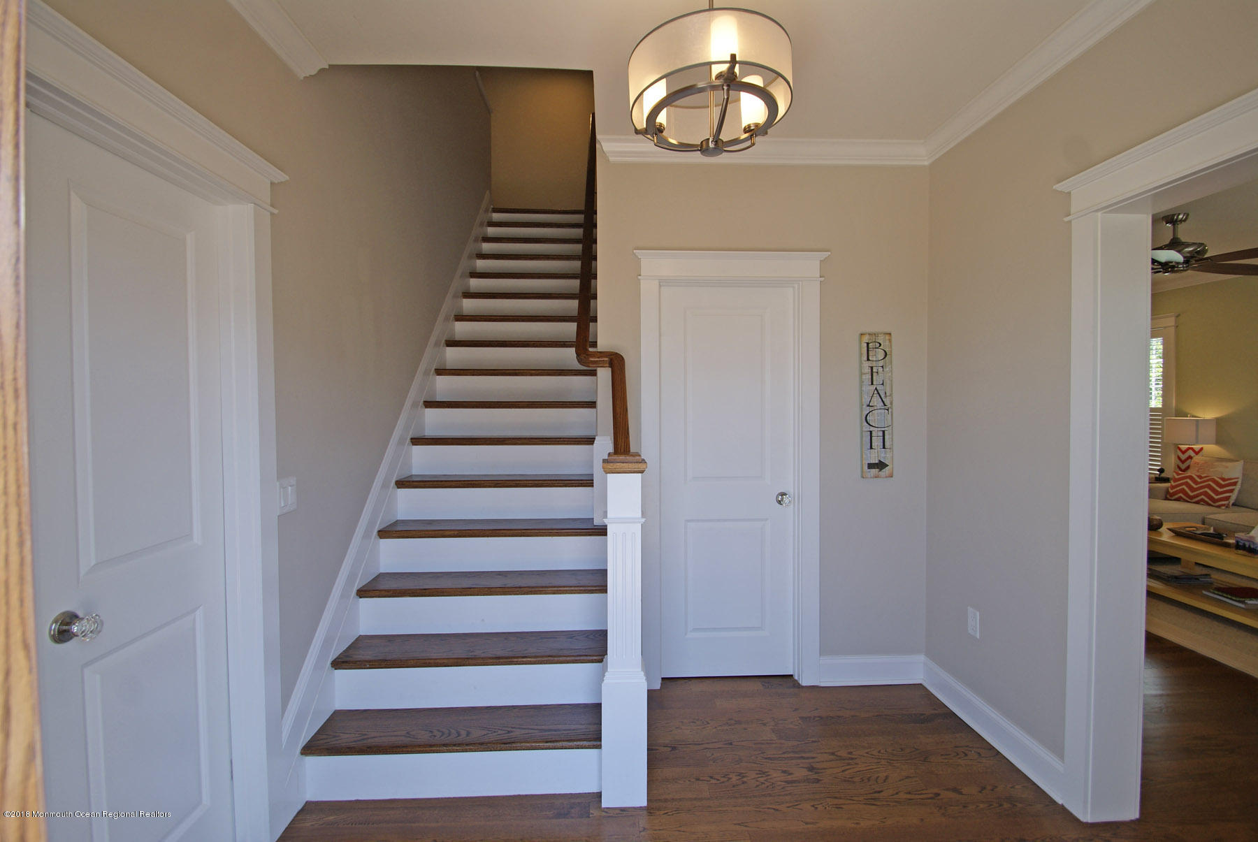 146  Bayberry Road - Picture 2
