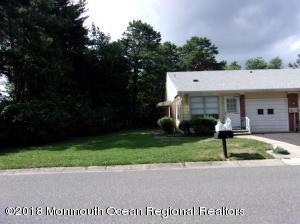 4 Monticello Drive