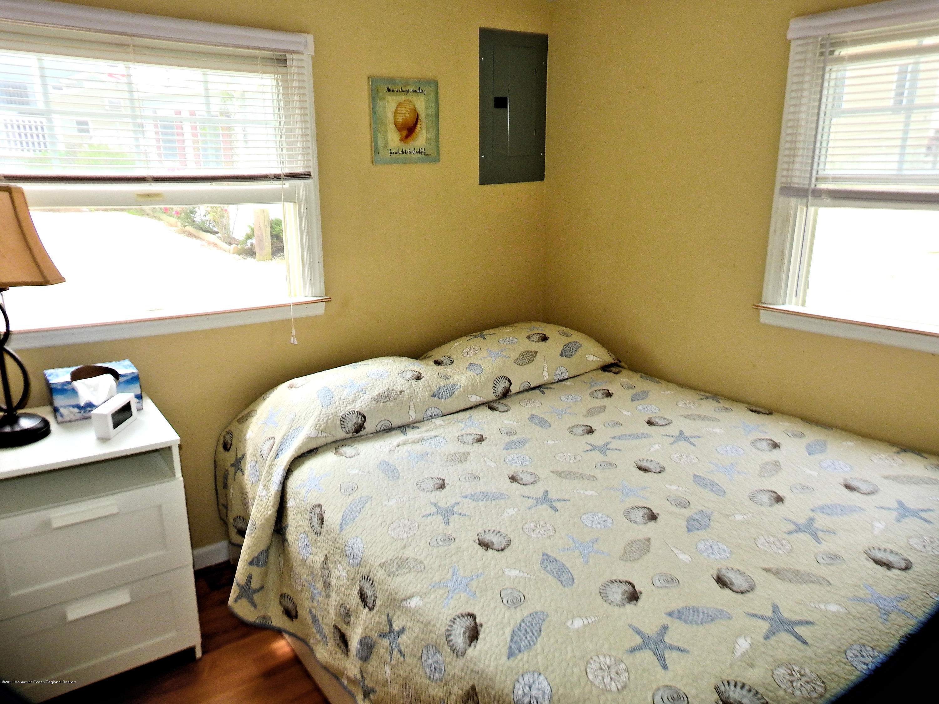 110 W Marlin Way - Picture 8
