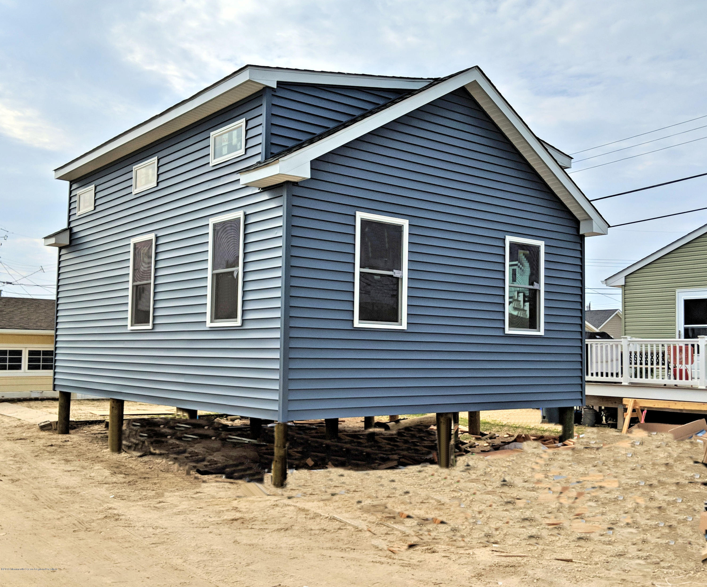 37 E Pelican Way - Lavallette