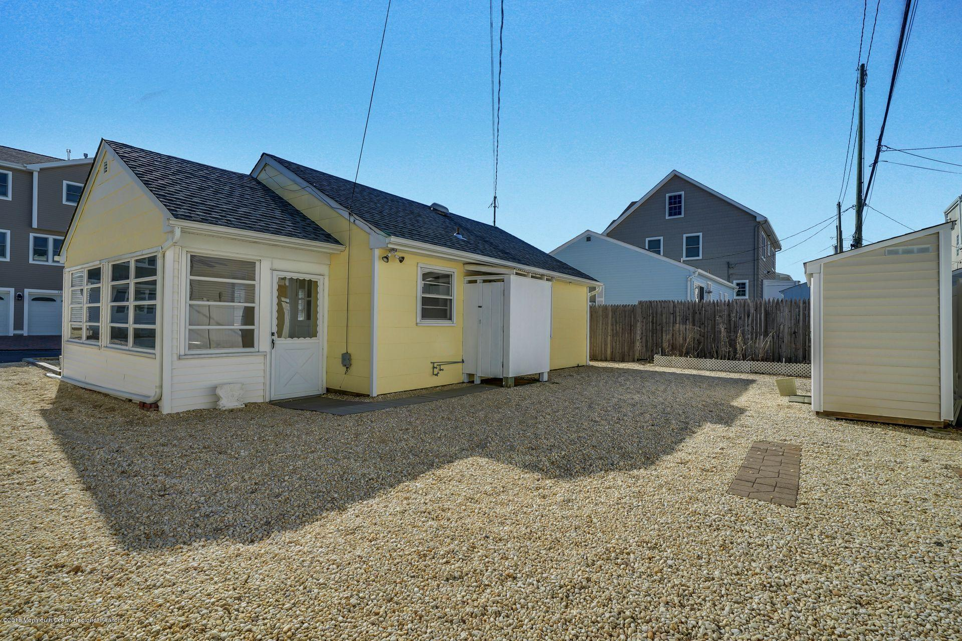124 S Bayside Road - Picture 19