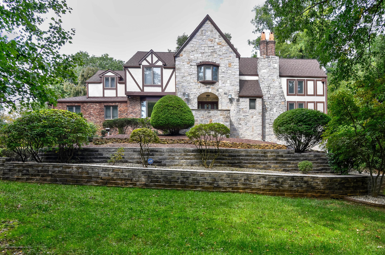 Holmdel Homes for Sale -  Loft,  16  Mabern Drive