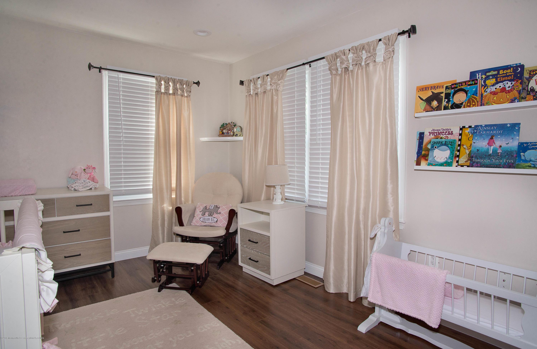 _RMJ7397.jpg 2nd bedroom