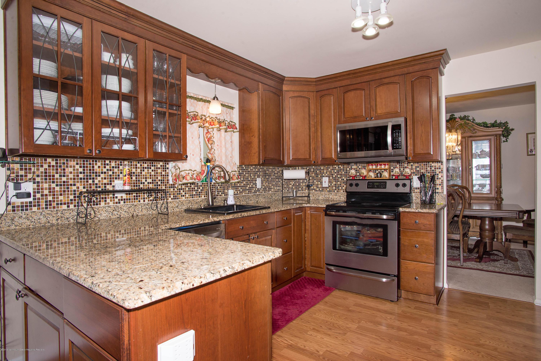 _RMJ7227.jpg kitchen-3