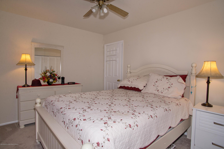 _RMJ7249.jpg 3rd bedroom