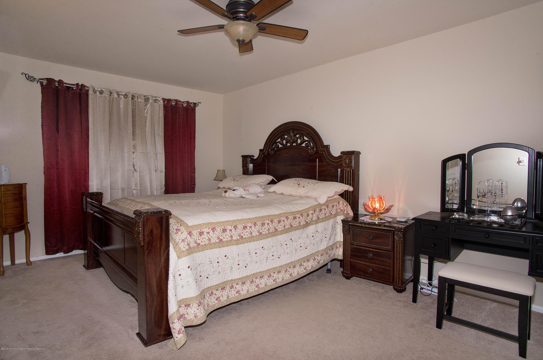 _RMJ7250.jpg master bedroom