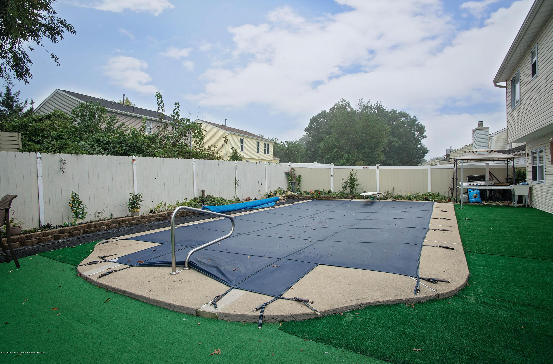 _RMJ7273.jpg pool