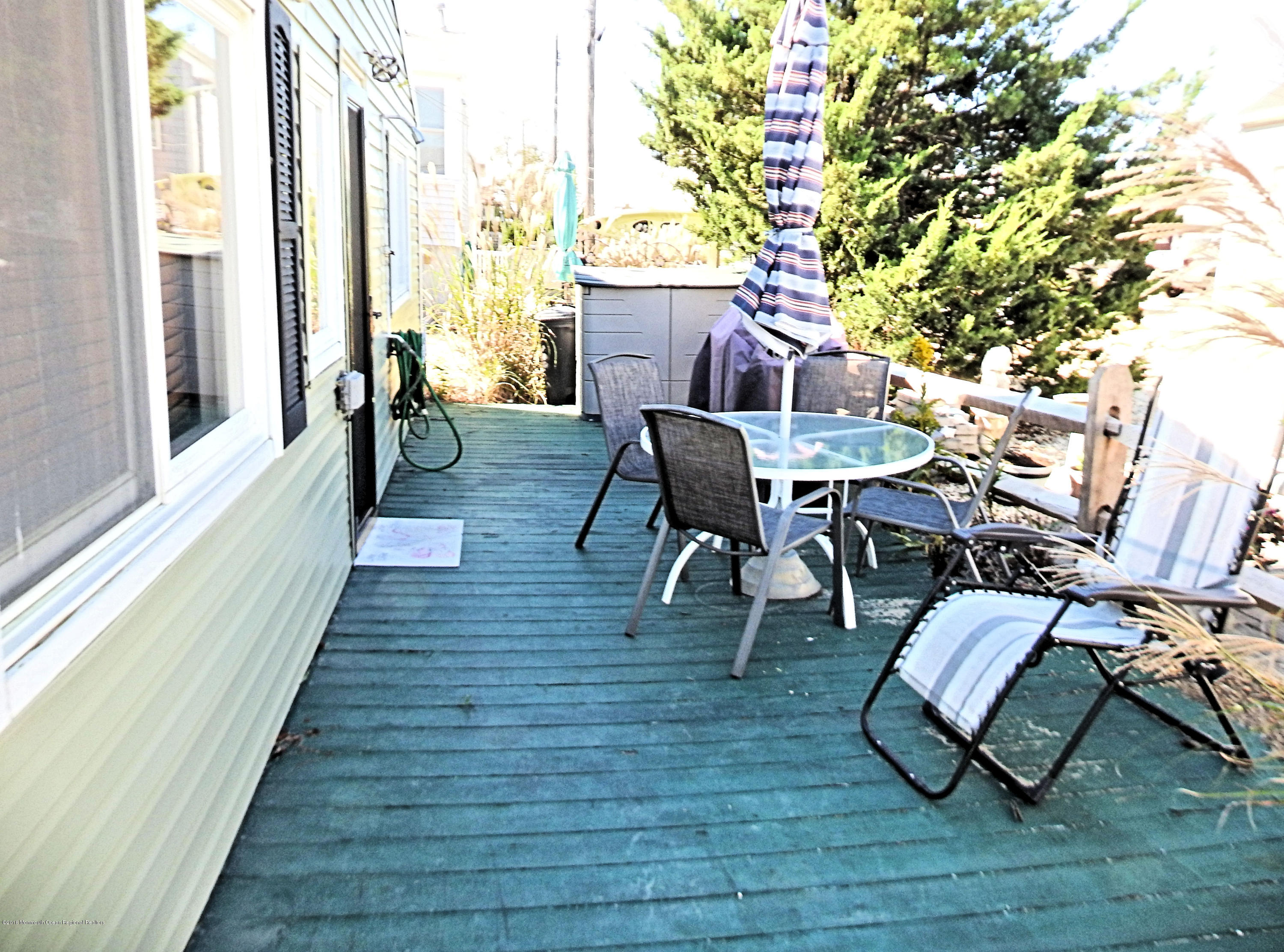 114 W Plover Way - Picture 8