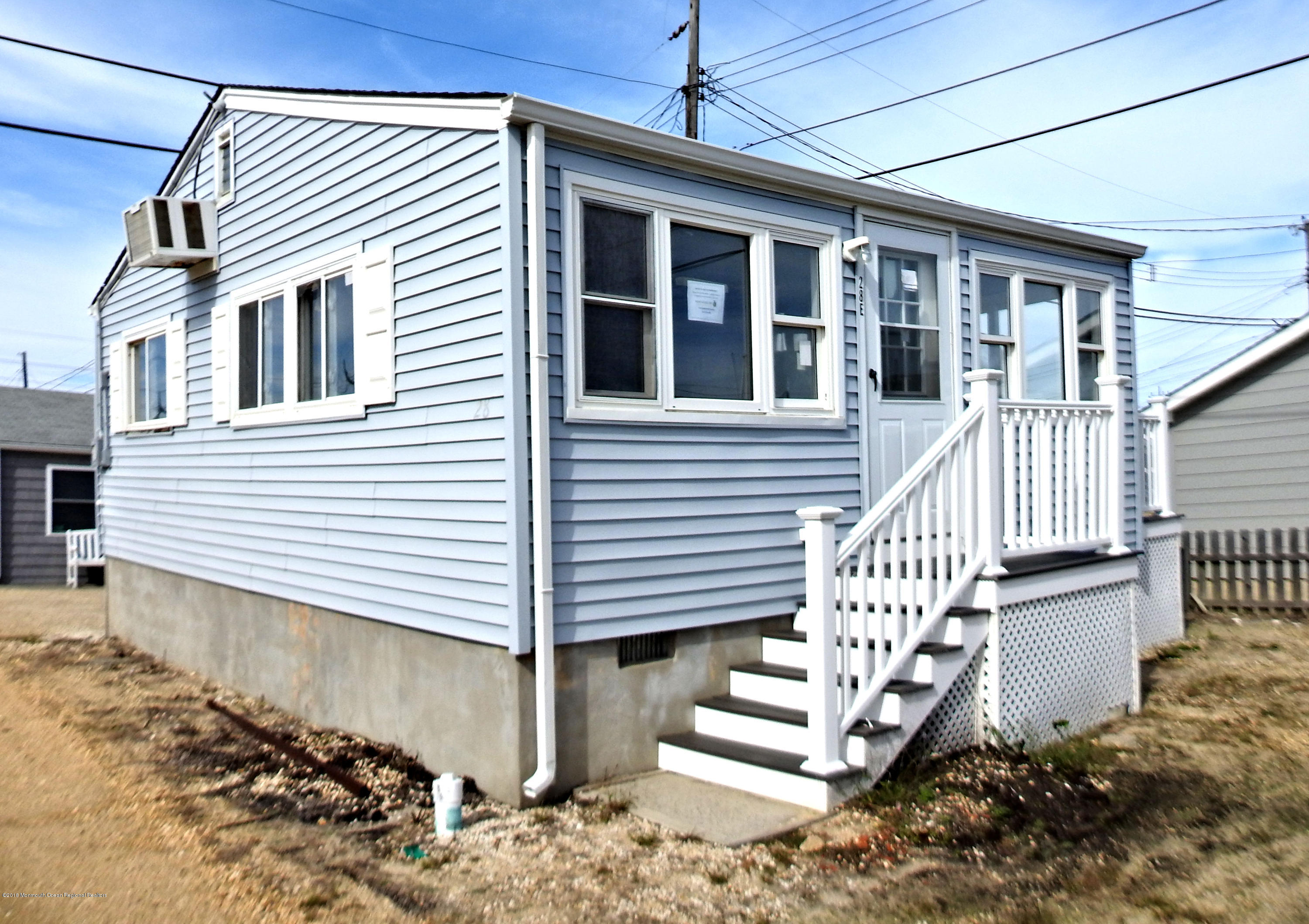 28 E Penguin Way - Lavallette