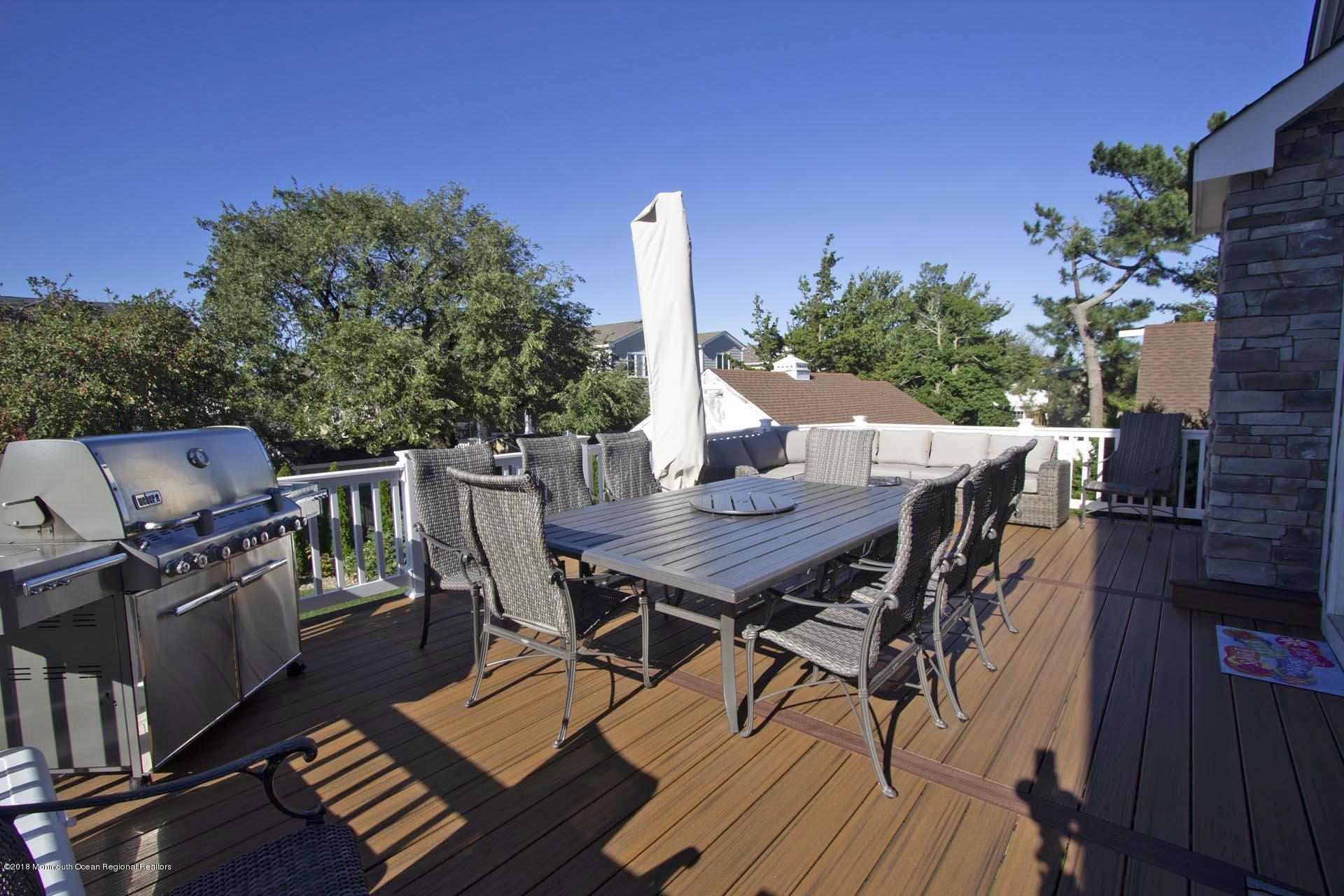 51  Dickman Drive - Picture 25