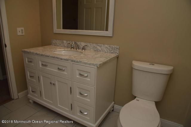 bathroom9