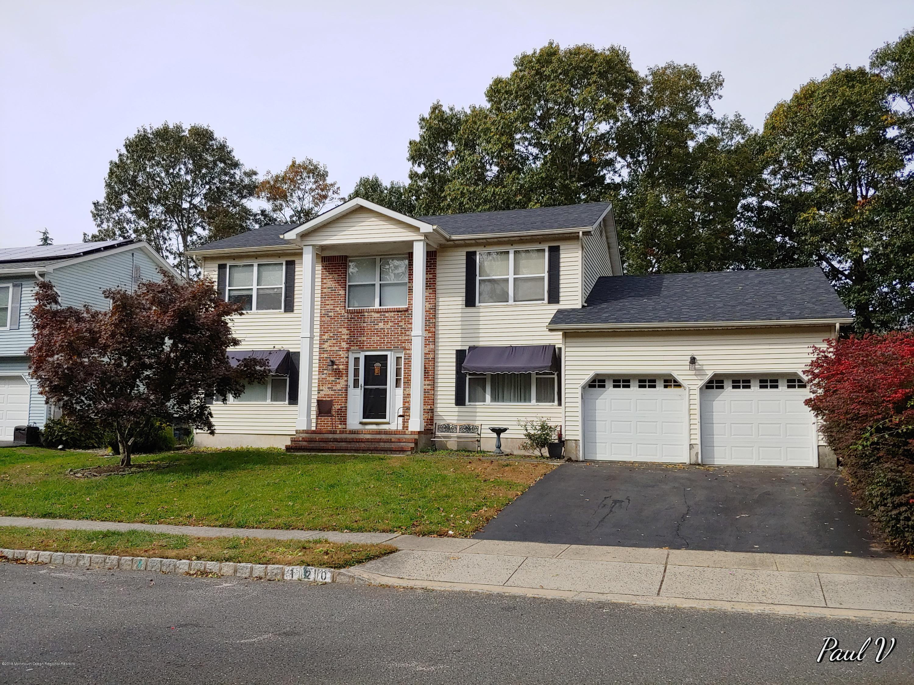 120 Moses Milch Dr Front