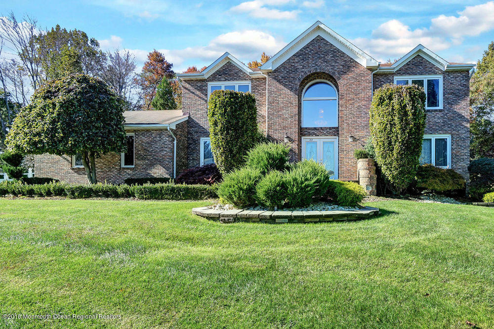 ** BRICK FRONT COLONIAL **