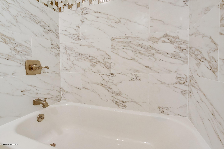 023_Bathroom
