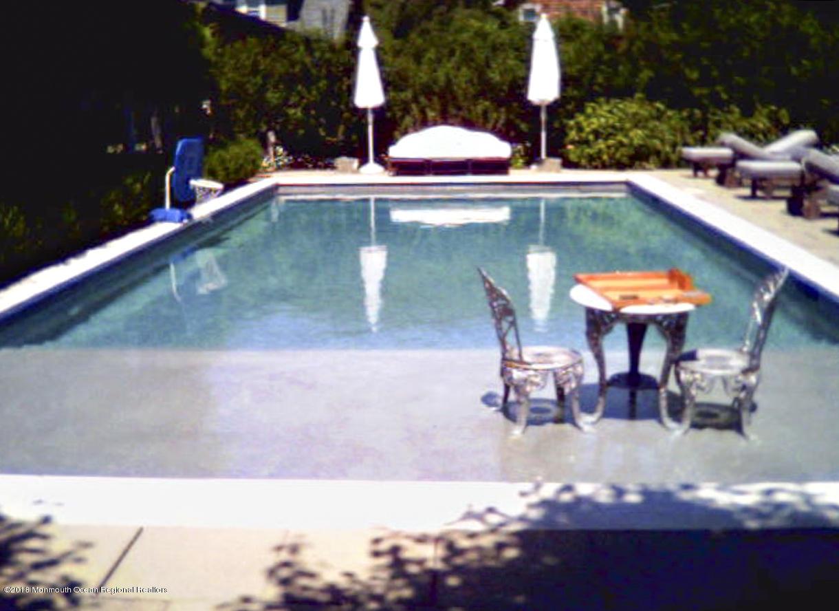 030_Pool
