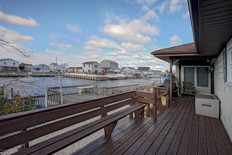 024_Deck View
