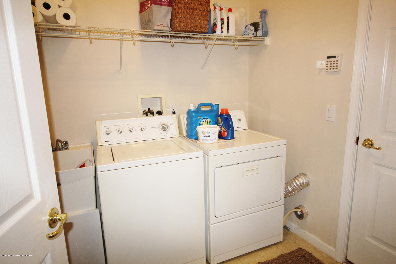 22 Laundry