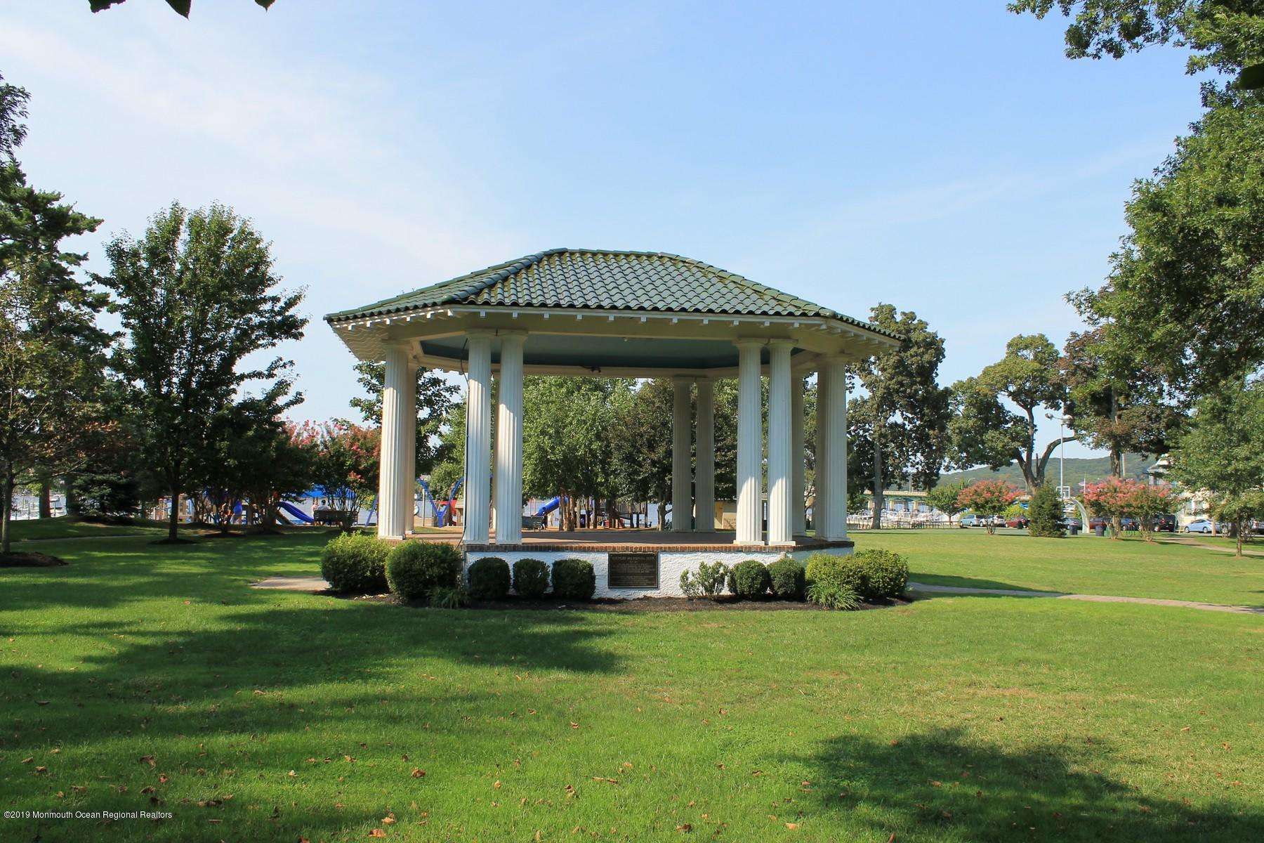 Victory Park in Rumson