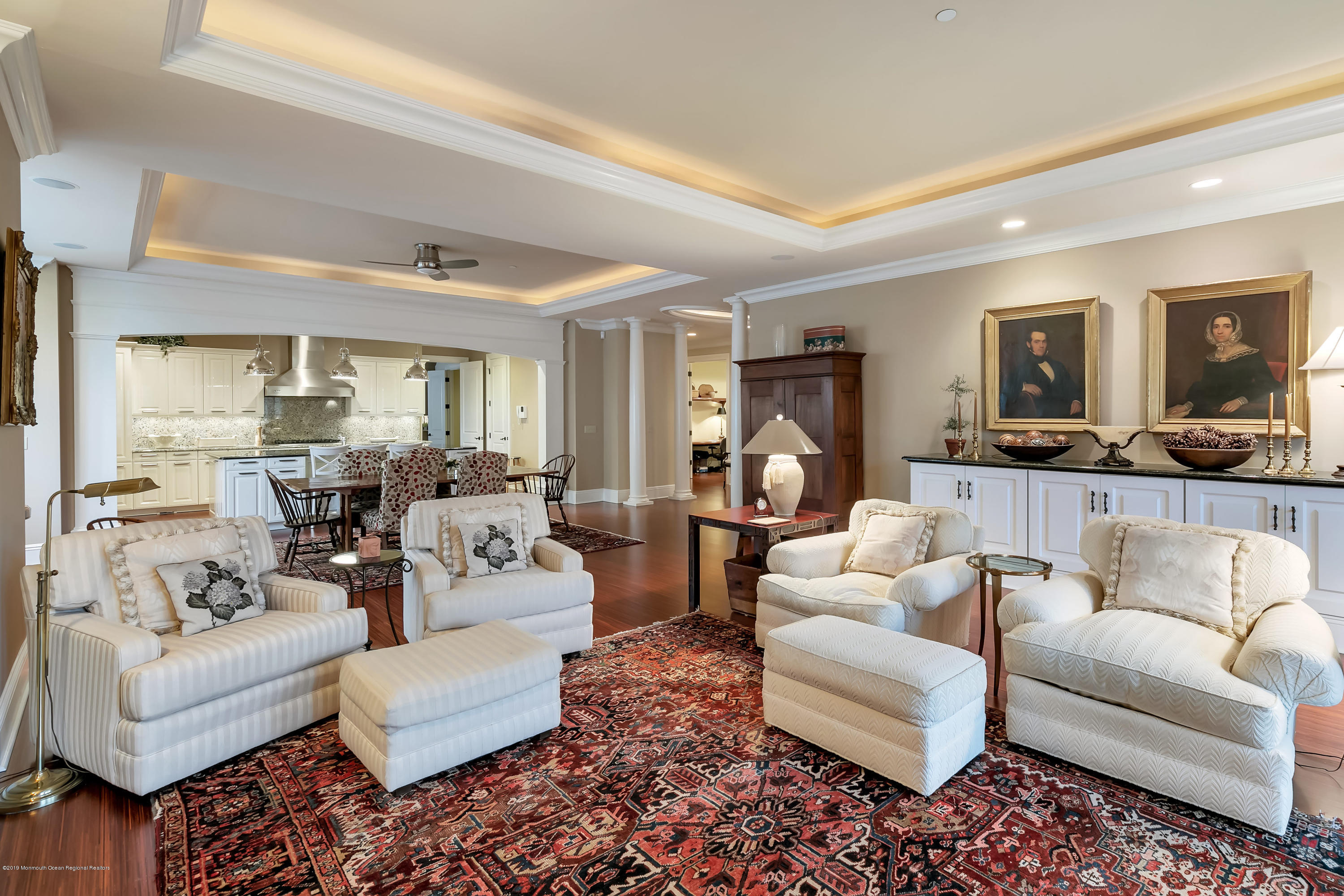 Great Room w Tray Ceiling