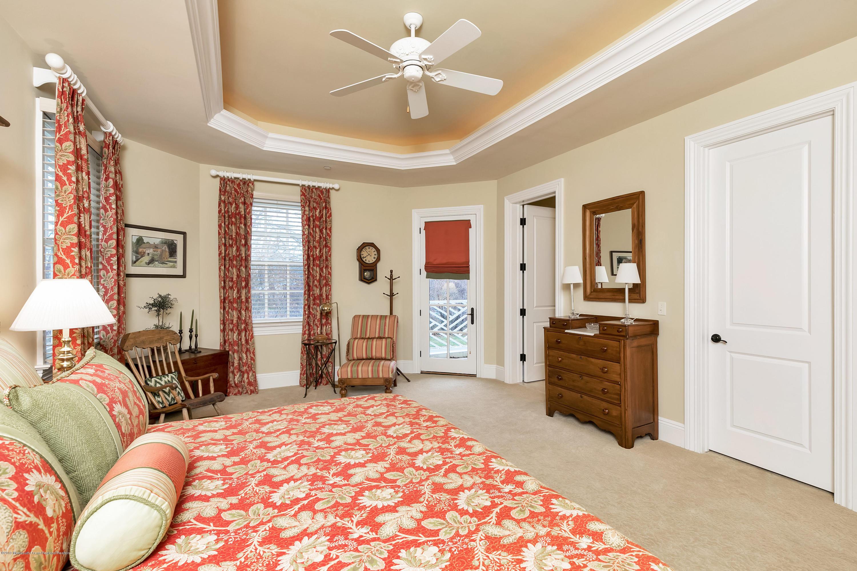 Bedroom 2 w En Suite Full Bath