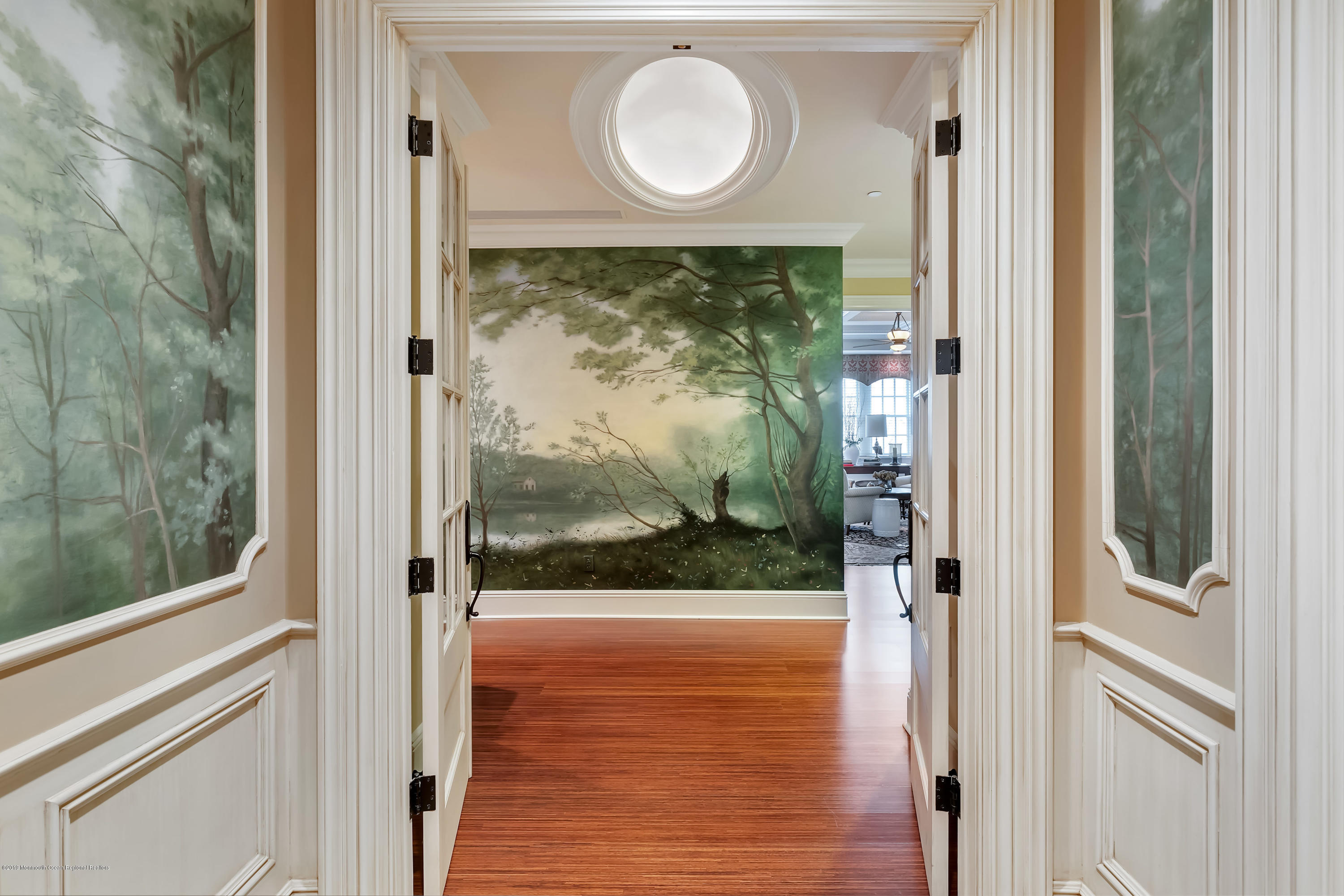 Foyer Entrance from Elevator