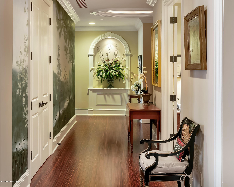 Interior Foyer Entrance w Vitrine