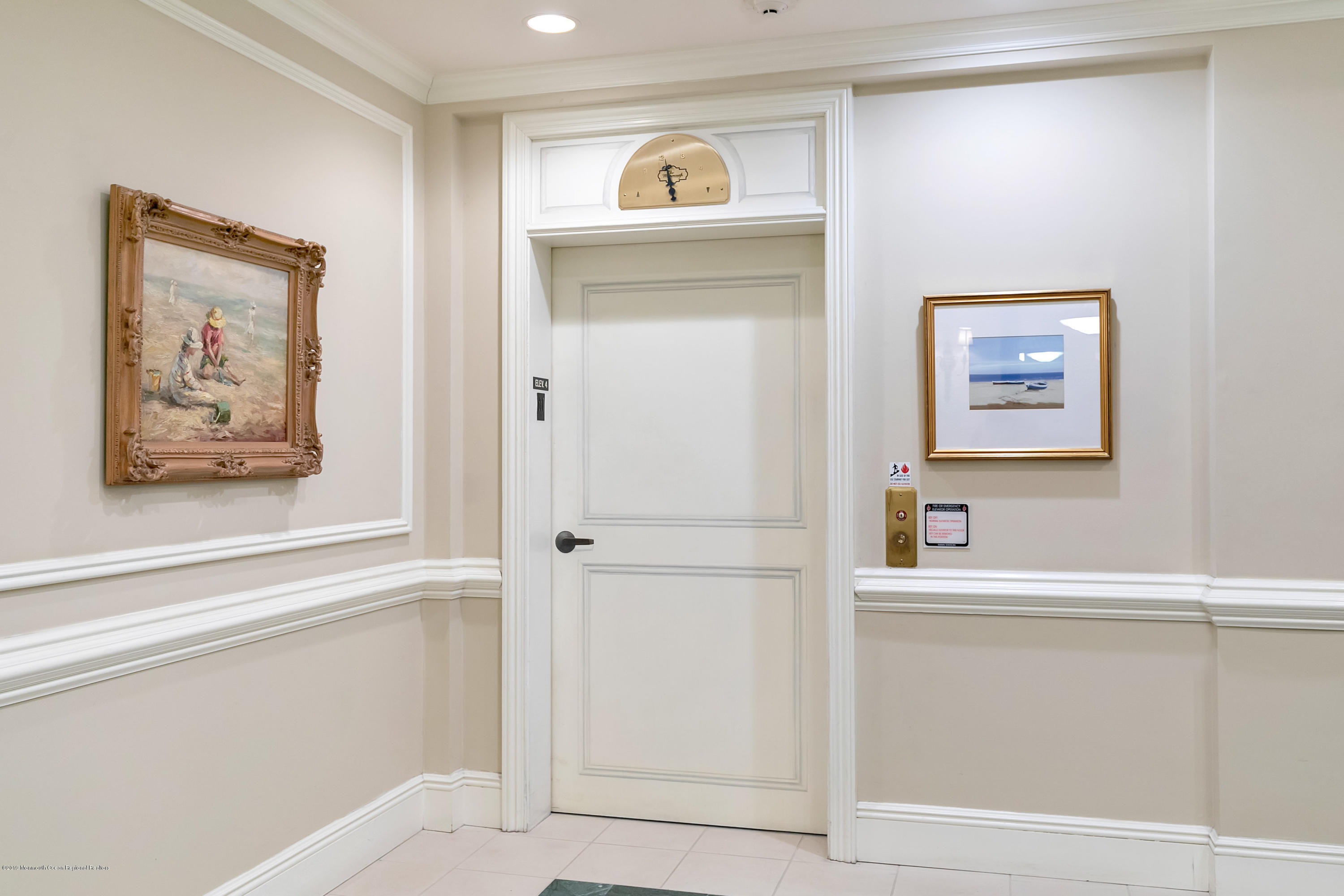 Lobby Elevator to Private Unit Entrance