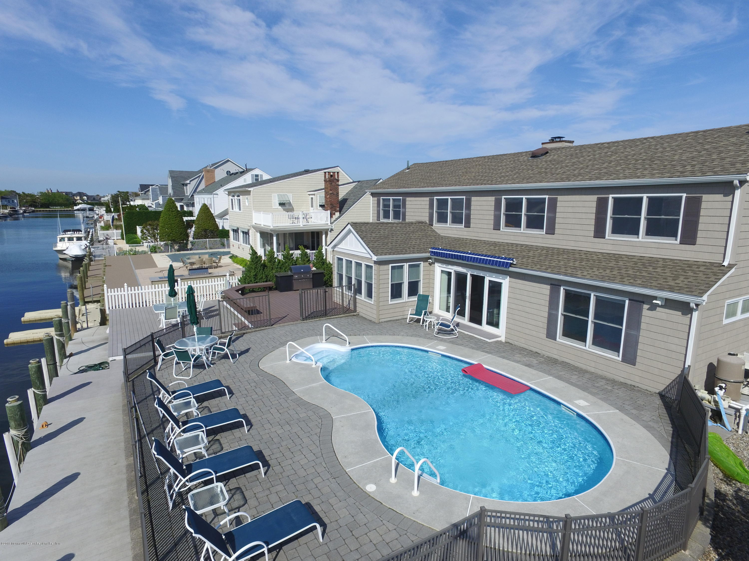 Photo of 139 Squan Beach Drive, Mantoloking, NJ 08738