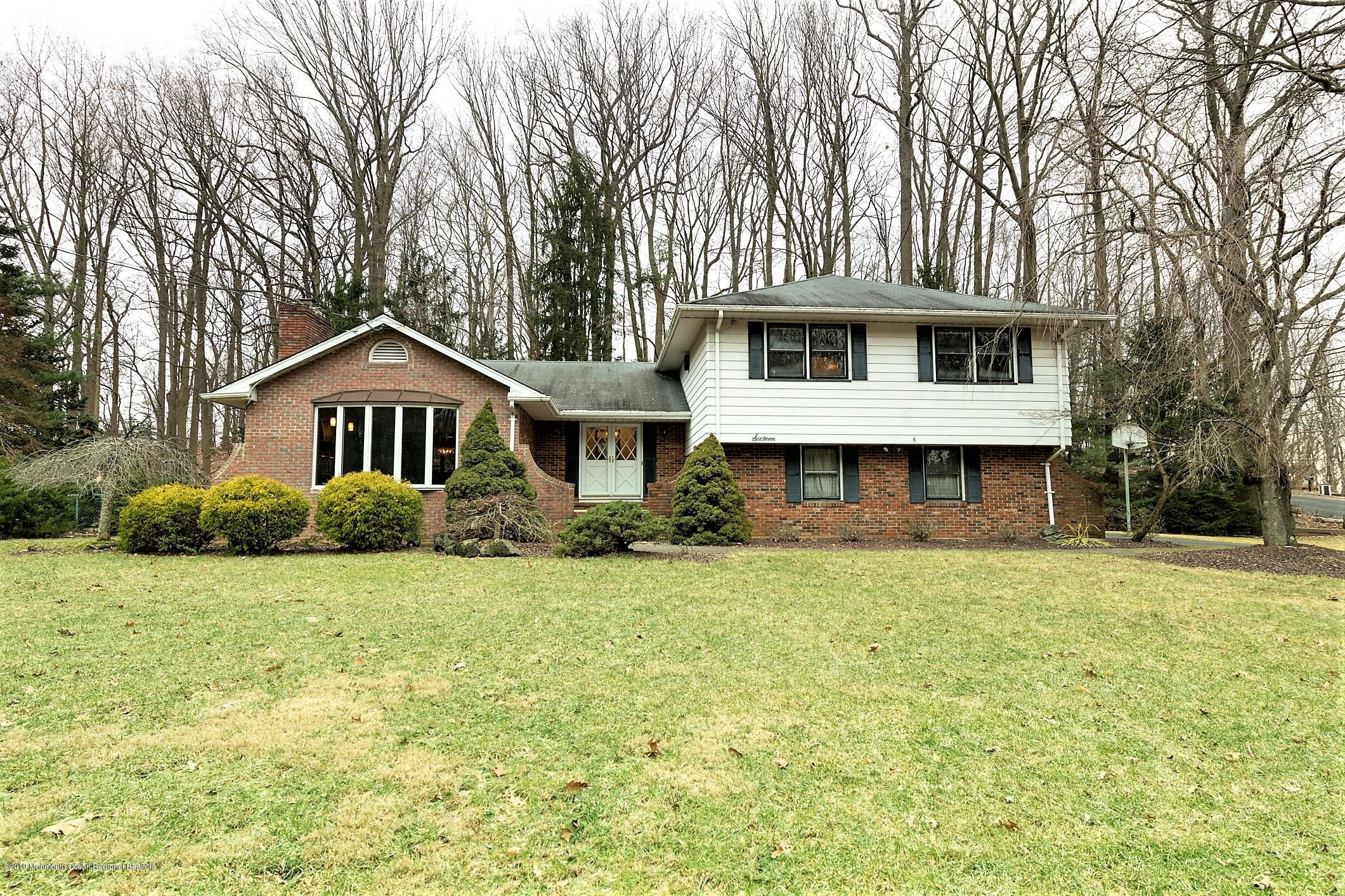 16  Highpoint Road, Holmdel, New Jersey