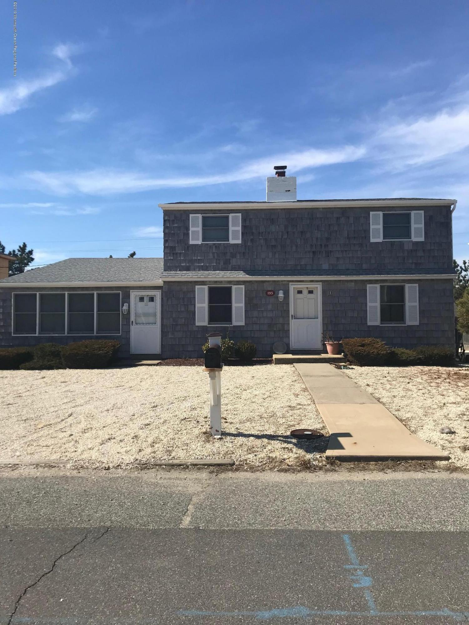 Photo of 195 Dune Avenue, Mantoloking, NJ 08738