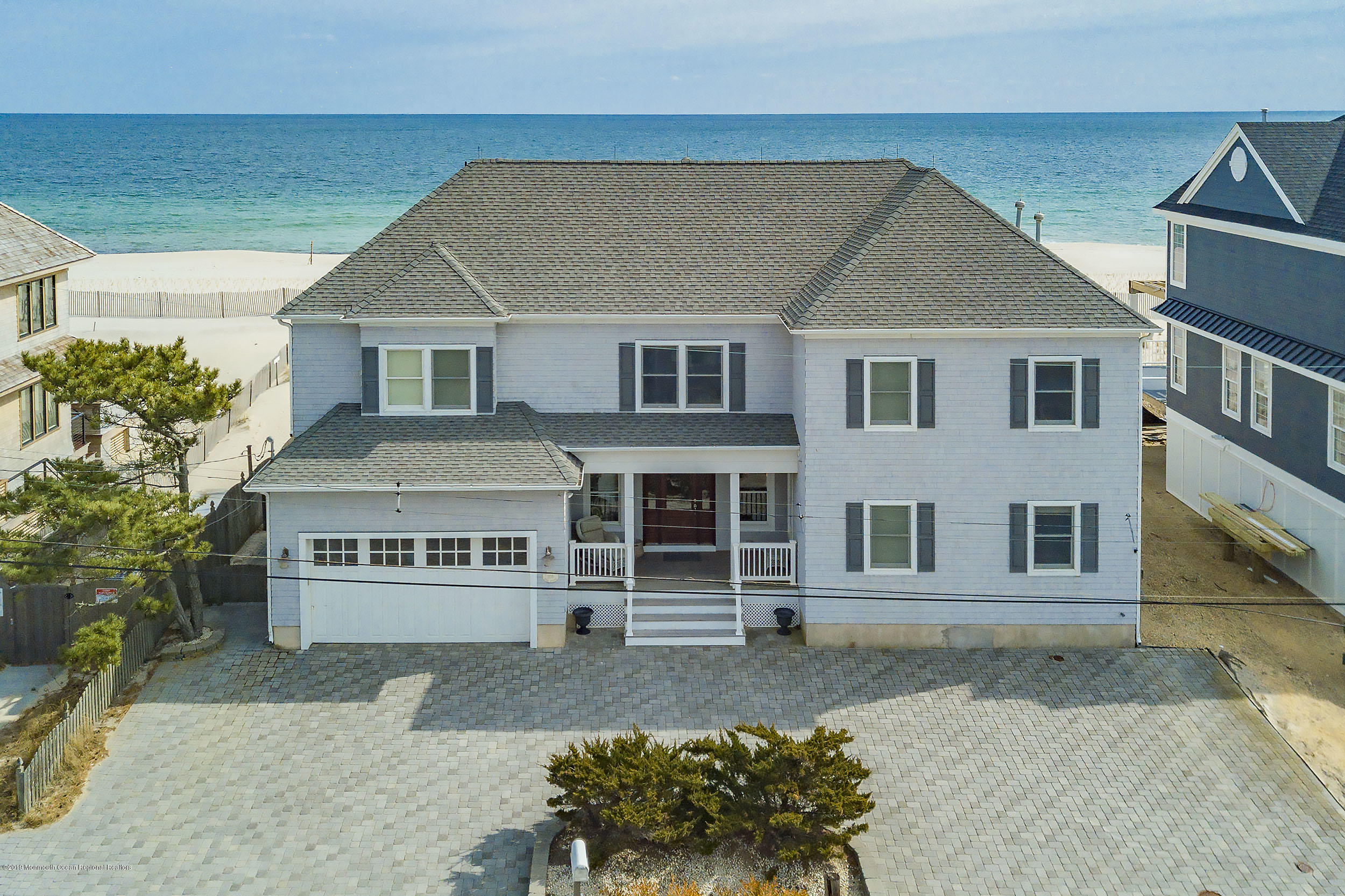 Photo of 206 Dune Avenue, Mantoloking, NJ 08738