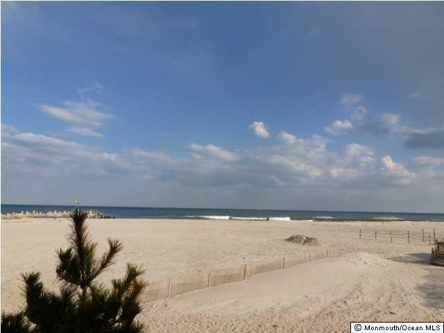 Photo of 11 Harborhead Drive, Point Pleasant Beach, NJ 08742