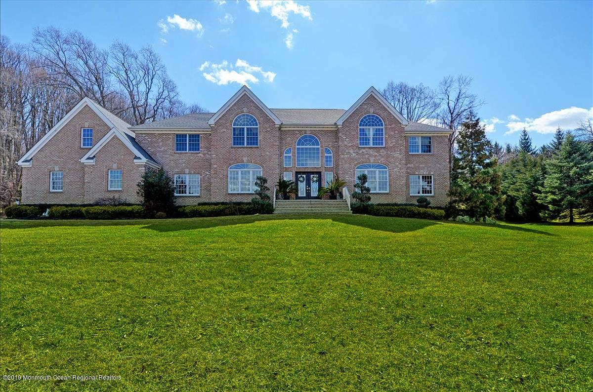 Photo of 8 Chaser Court, Holmdel, NJ 07733