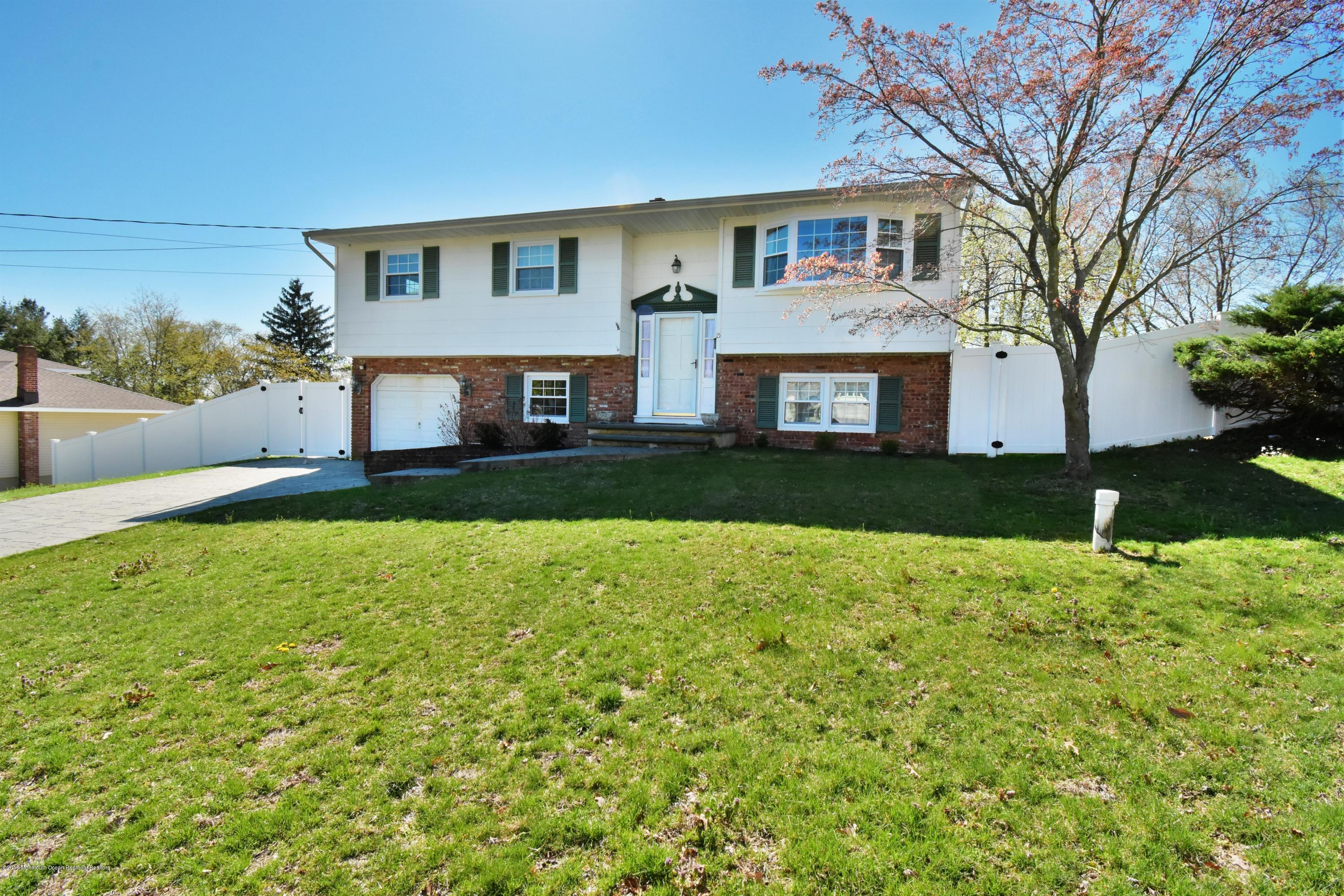 Photo of 15 Lexington Road, Howell, NJ 07731