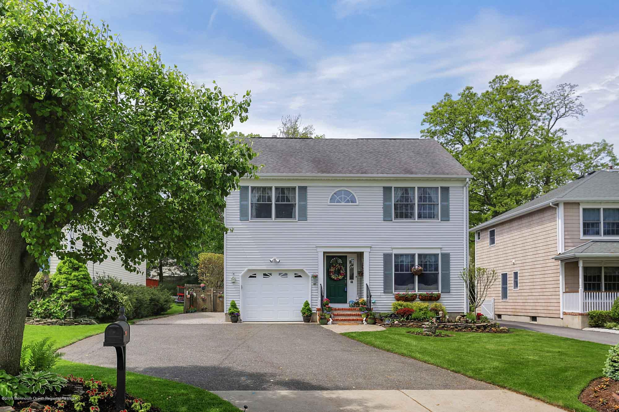Photo of 40 Avenue Of Two Rivers, Rumson, NJ 07760