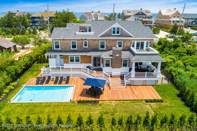 Photo of 1328 Ocean Avenue, Mantoloking, NJ 08738