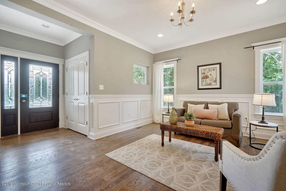Formal Living or Dining Area