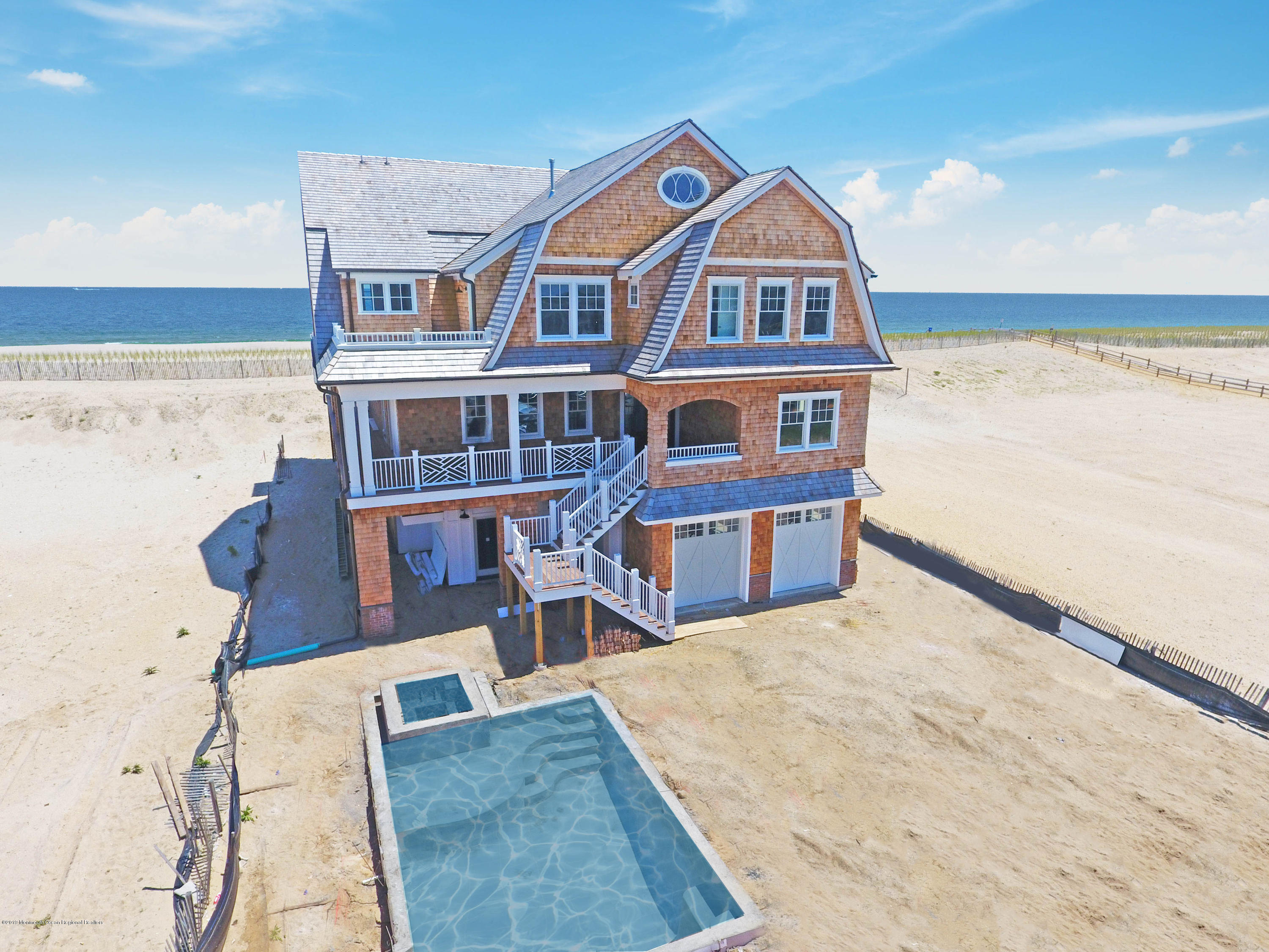 Photo of 1127 Ocean Avenue, Mantoloking, NJ 08738